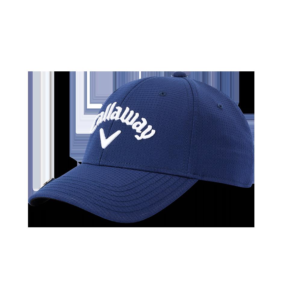 Stitch Magnet Cap - Featured